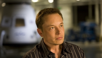 Is Elon Musk the Visionary Apple Needs?